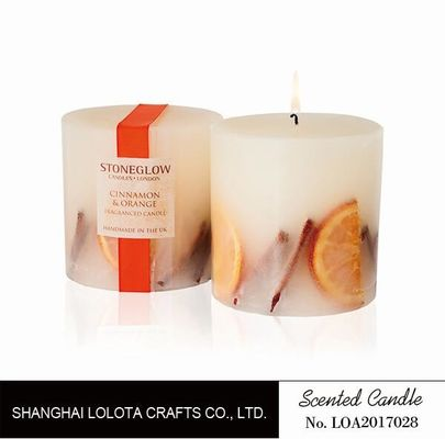 China Pillar Natural Scented Candle With Dry Fruit And Flower And Logo Sticker factory