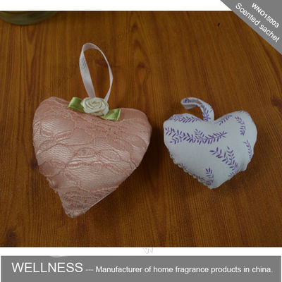 China Heart Shaped Scented Potpourri Bag , Natural Fruit And Flower With Scented Fragrance Oil factory