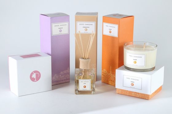 China 3 Wick Soy Wax Candle And Diffuser Set 100ml / 150ml Air Freshing Pillar Shape factory