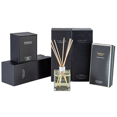 China Classic Scented Candle And Diffuser Set Durable Fragrant Natural Glass Jar Reed Diffuser factory